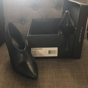 Tahari Shoes - Black leather booties